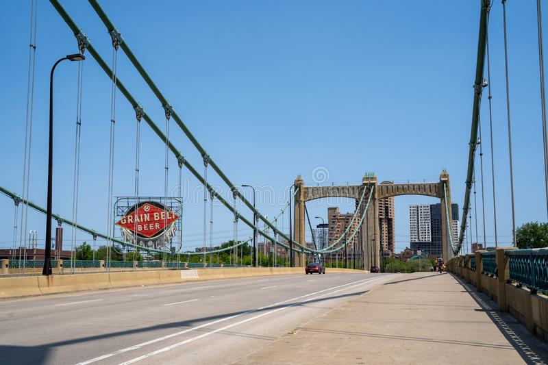 Ojca Louis Hennepin most w w centrum Minneapolis Minnestoa obrazy royalty free
