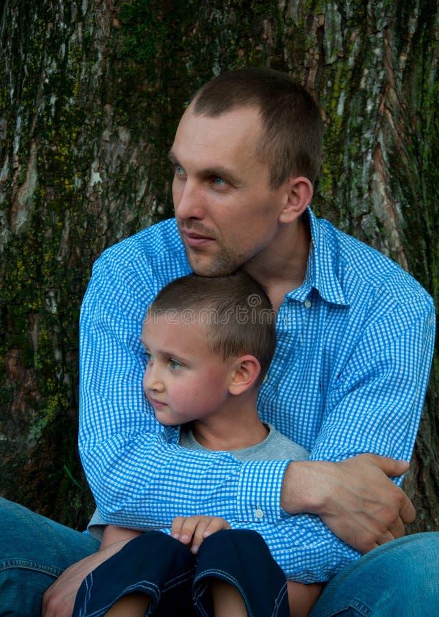 ojca portreta syn zdjęcie royalty free