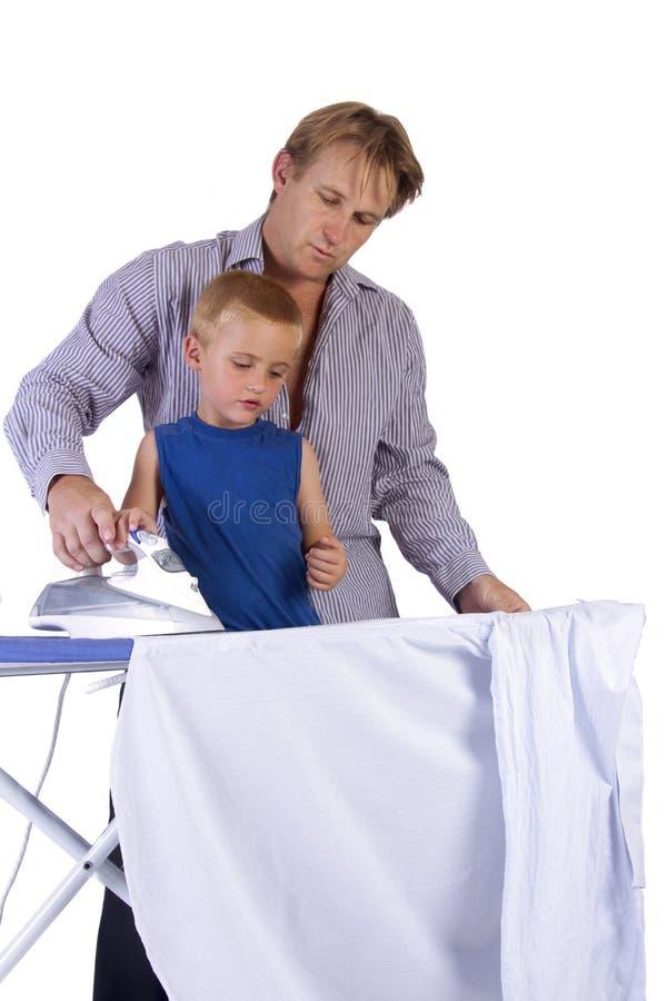 ojcuje target1210_1_ jego żelaznego syna obraz stock