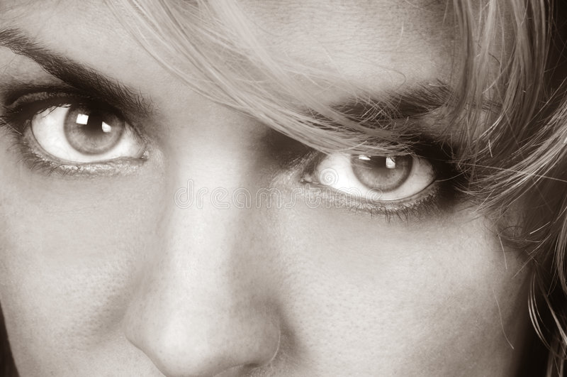 Ojos de Womans foto de archivo