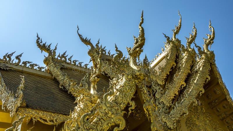 okapy most w białej świątyni obrazy royalty free