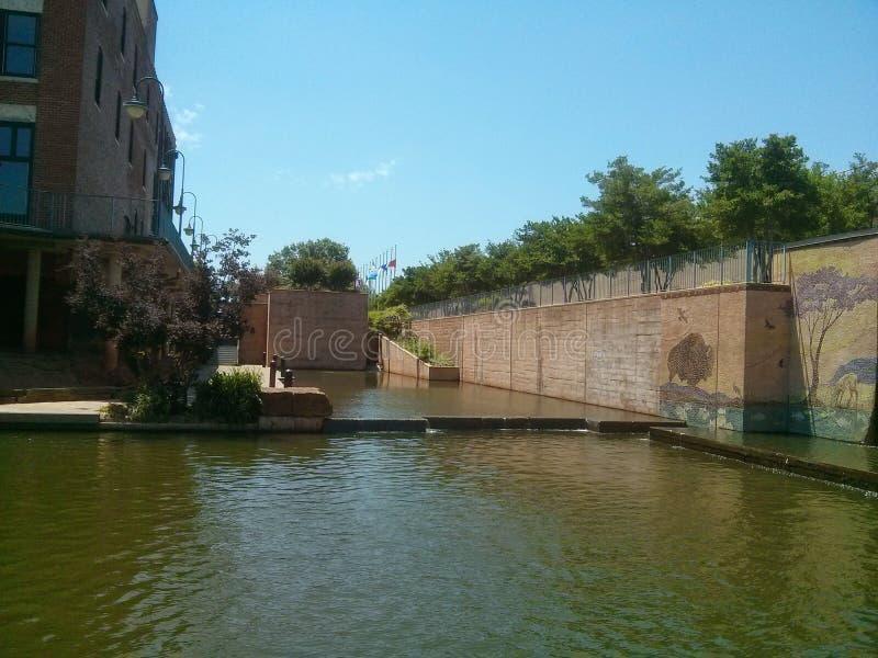 Oklahoma City del canal de Bricktown imagen de archivo