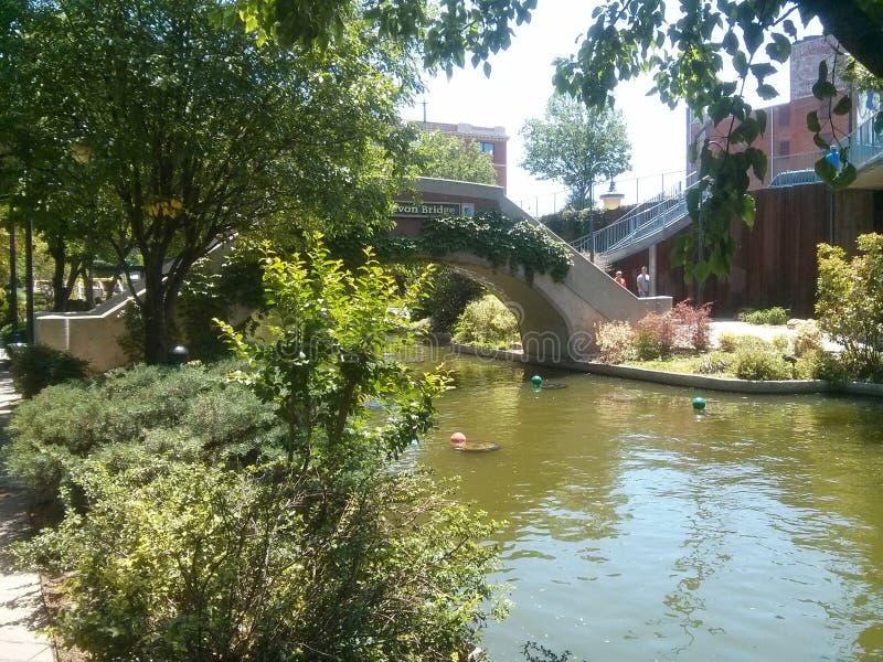 Oklahoma City del canal de Bricktown imagenes de archivo