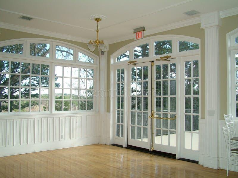 okna pokoju