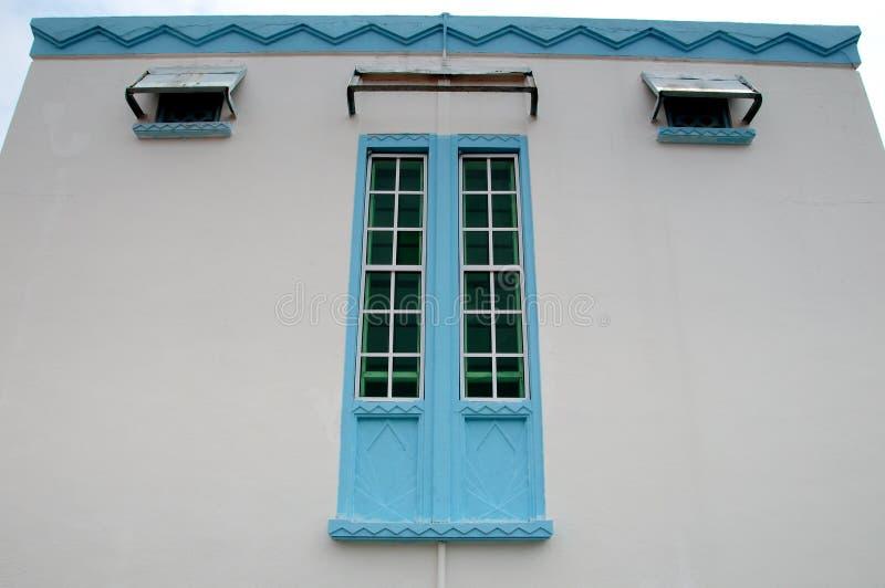 Okno Masjid Jamek Dato Bentara Luar w Batu Pahat, Johor, Malezja zdjęcie royalty free