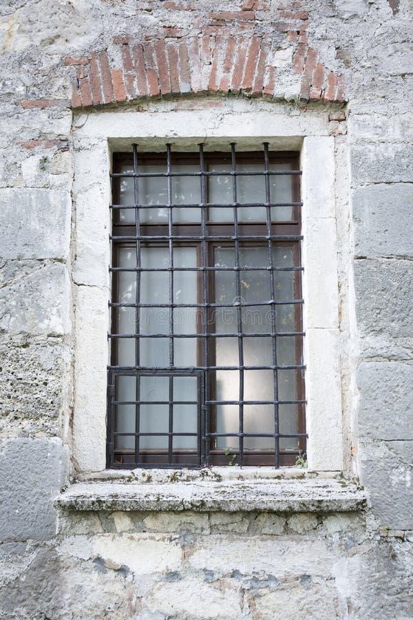 Okno starokościelne zdjęcia royalty free