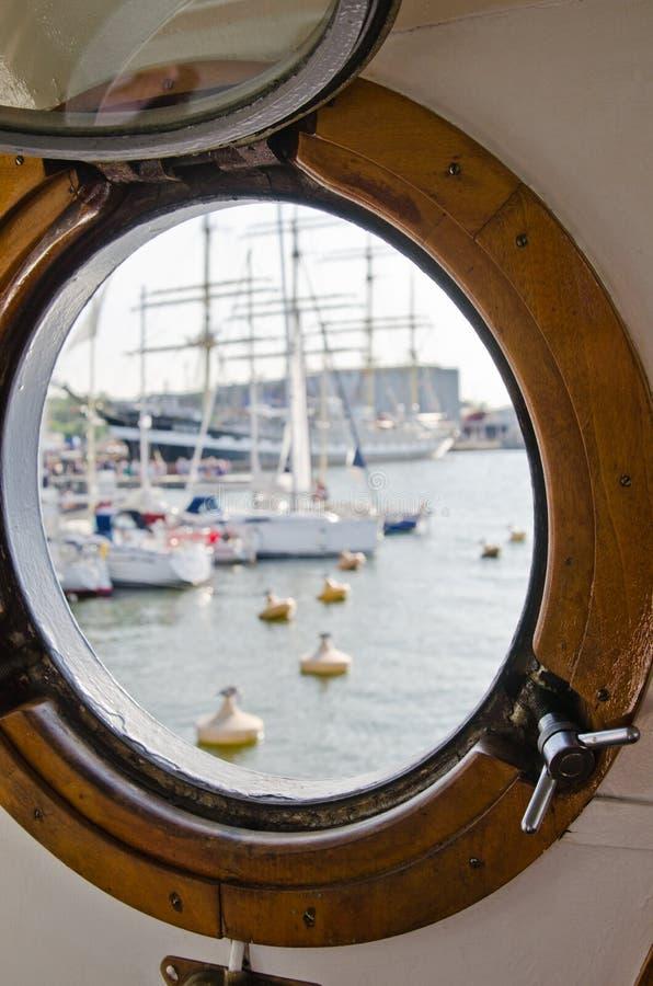 Okno statek zdjęcia royalty free