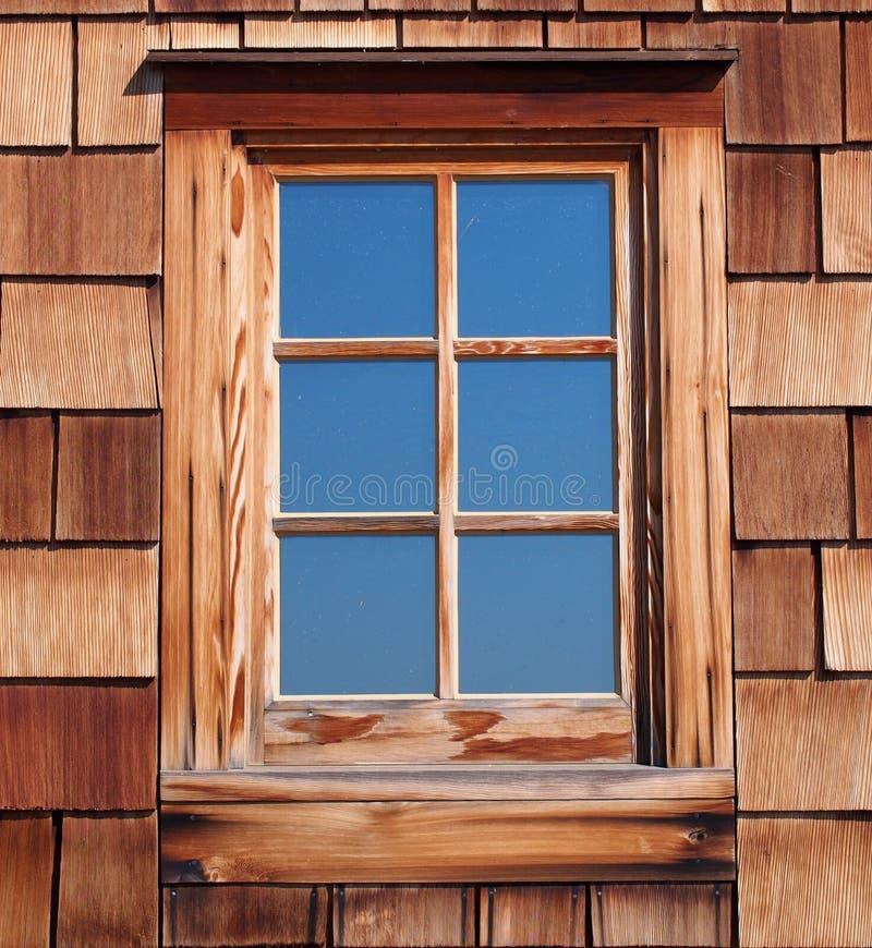 Okno W Starym domu zdjęcia stock
