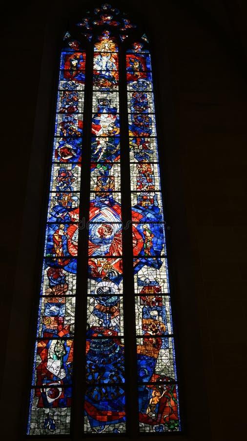 Okno wielka obietnica, witrażu okno Ulm artysta Valentin Peter Feuerstein minister zdjęcie stock