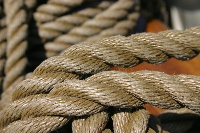 około do cumowania zbliżenia na liny związany drewniany obraz royalty free