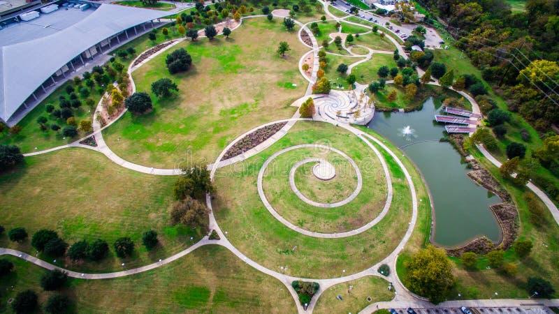 Okrąg Deseniuje widok z lotu ptaka Austin patrzeje w dół przy Butler parkiem obrazy stock
