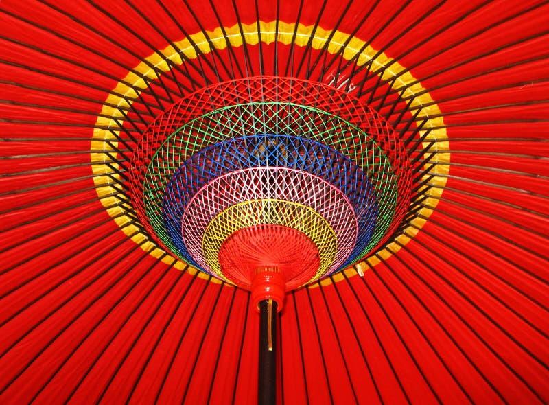 Okręgi i linie czerwony parasol obraz royalty free