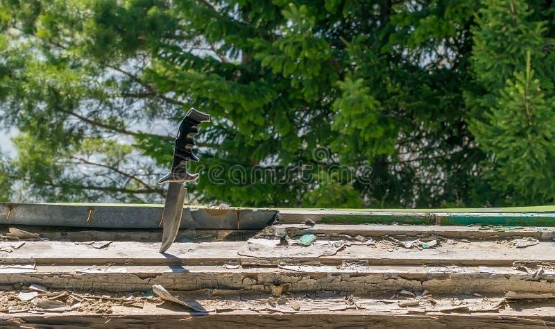 Okropny stary bojowy nóż zdjęcia stock