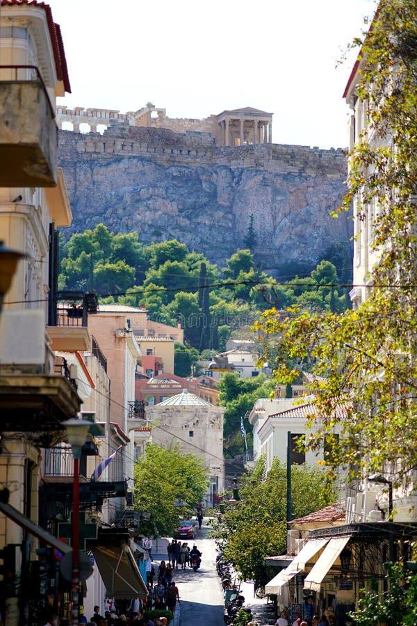 7. OKTOBER 2018 Ansicht ATHENS, GRIECHENLAND des Parthenons von der alten Stadt lizenzfreies stockfoto