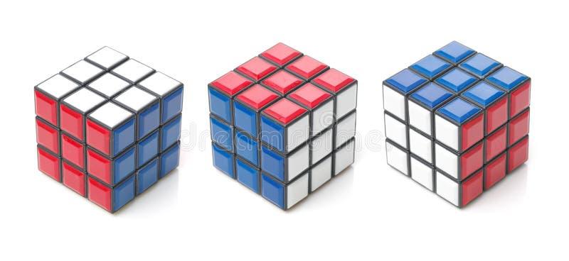 4 OKTOBER 2017 PRAAG, TSJECHISCHE REPUBLIEK: De kubus van Rubik stock foto's