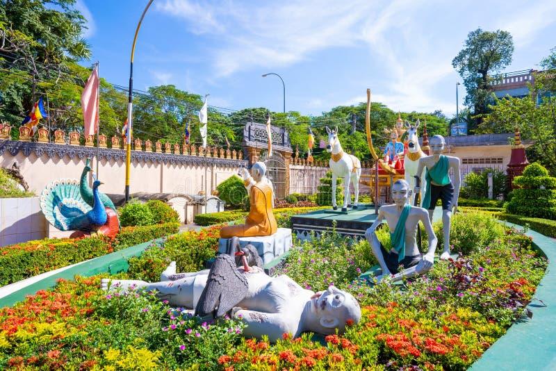 26 Oktober 2018-Siem oogst:: beeldhouwwerk in Wat Preah Prom Rath stock afbeeldingen