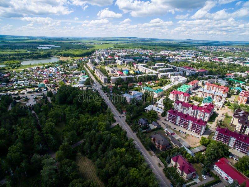 Oktyabrsky-Stadt, Vogelperspektive Bashkortostan stockfotos