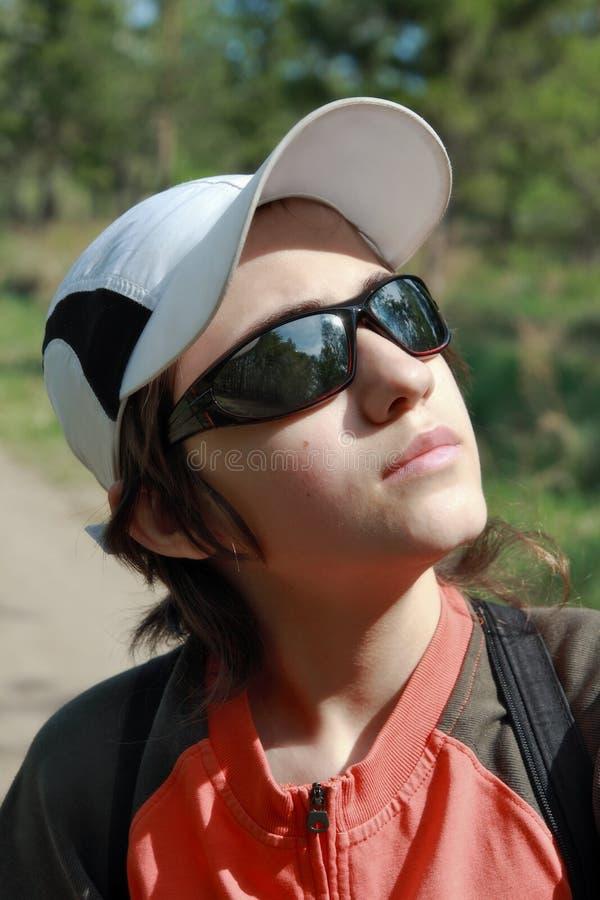 okulary przeciwsłoneczne nastolatek zdjęcie royalty free