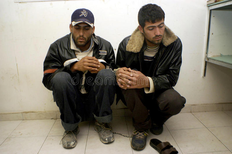 Olagliga palestinska arbetare i Israel arkivfoto