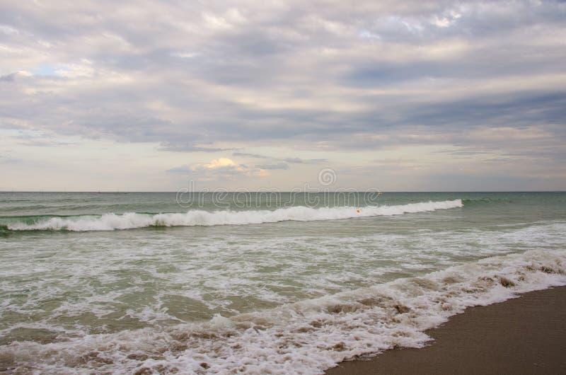 Olas marinas en el Mar Negro foto de archivo