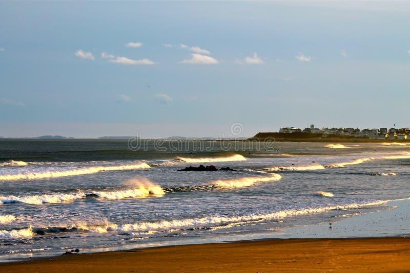 Olas oceánicas de Nueva Inglaterra imagen de archivo libre de regalías