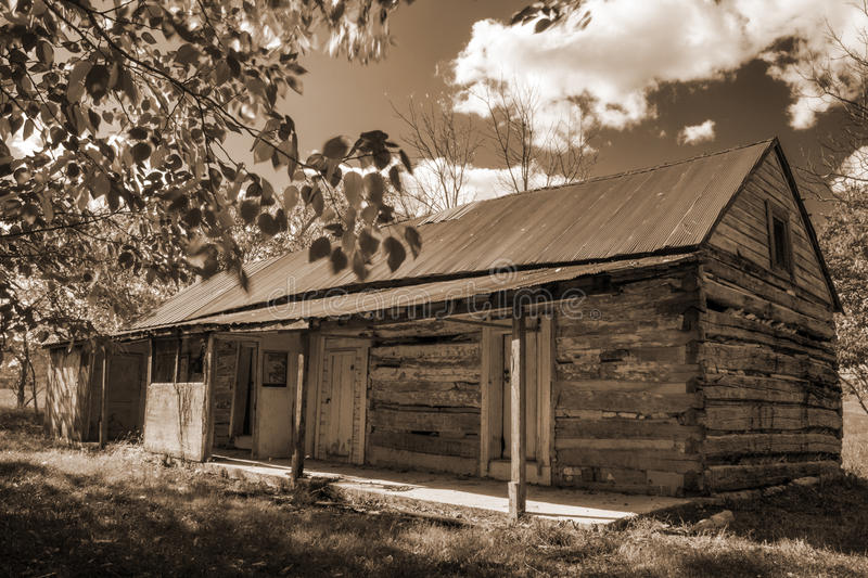 Old abandon log cabin stock photo image 60851782 for Log cabin blue mountains
