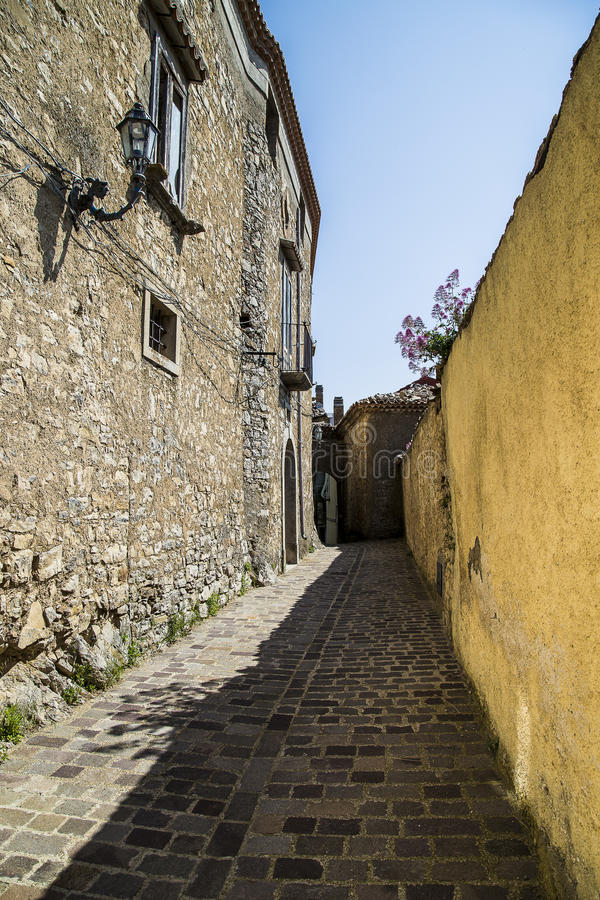 Free Old Alley Royalty Free Stock Image - 41484936