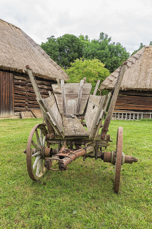 Free Old Antique Grunge History Rustic Wagon Royalty Free Stock Photo - 75548075