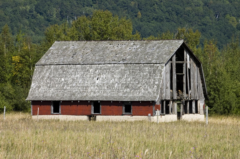 Download Old Barn stock photo. Image of farmhouse, plank, distress - 19419586