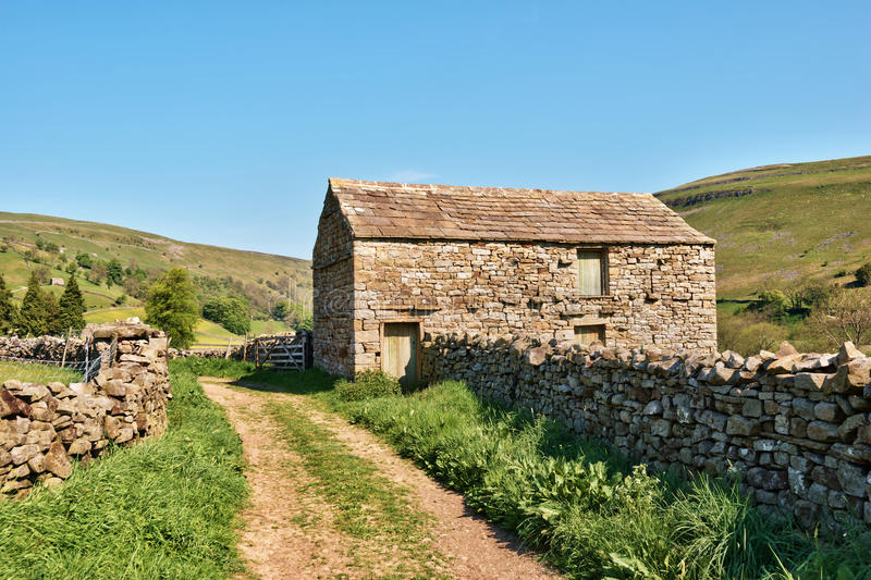 Download Old Barn And Dry Stone Wall Royalty Free Stock Images - Image: 25416639
