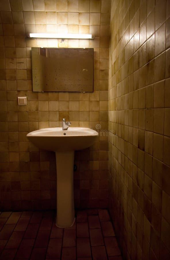 Free Old Bathroom Stock Photos - 2738413