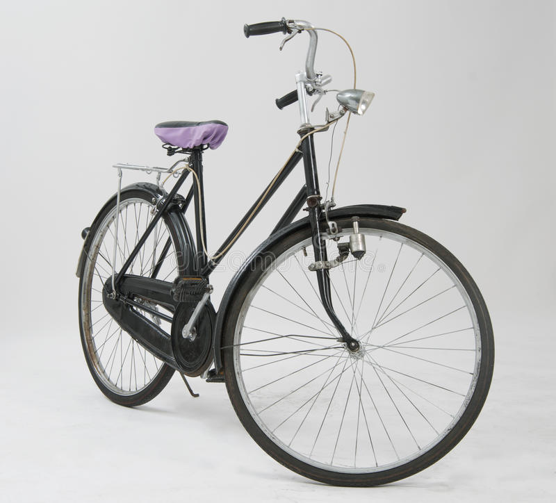 Free Old Bicycle Stock Photo - 51032320