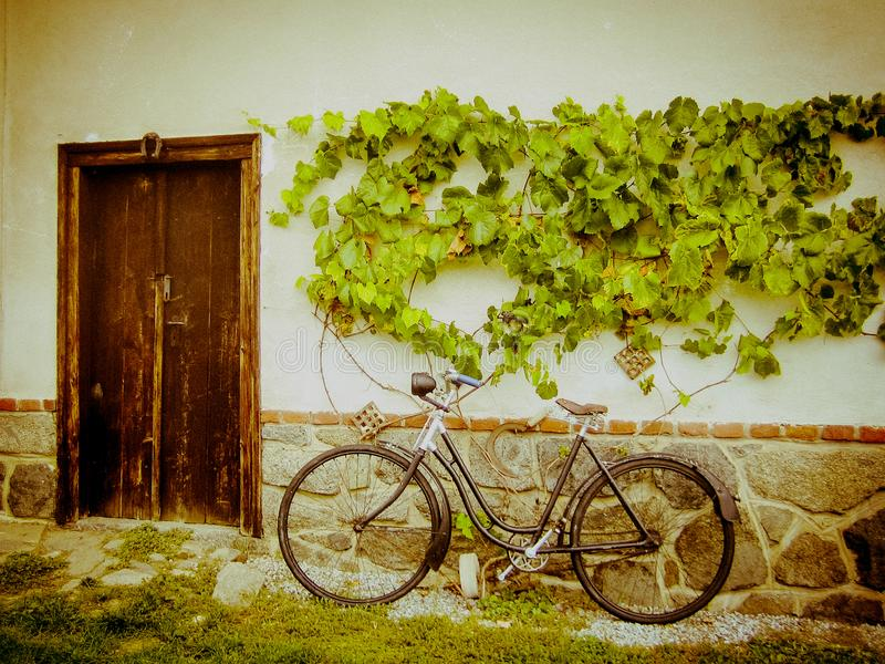 Old Bicycle At The Classic Country House Stock Image - Image of ...