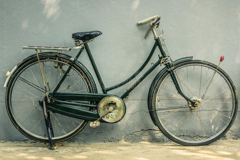 Download Old bicycle stock image. Image of urban, retro, parking - 40236129