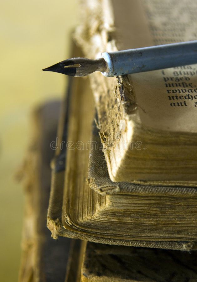 Old Books And Pen Royalty Free Stock Photos