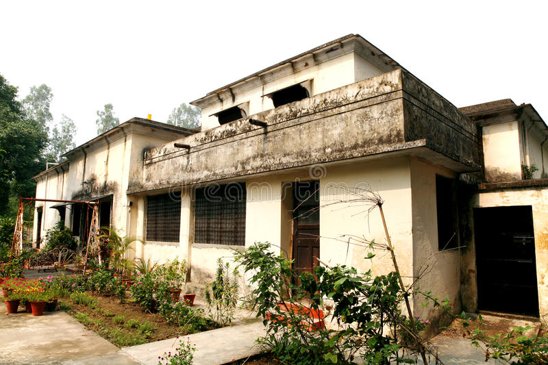 Old British time houses for faculty residence in the campus IIT. ROORKEE, INDIA - JULY 03: Old British time houses for faculty residence in the campus IIT royalty free stock photography