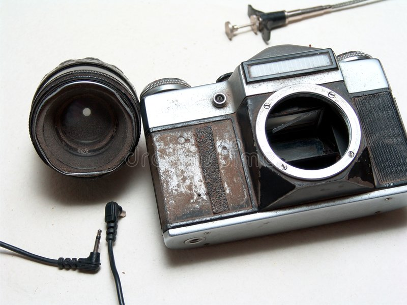 Download Old Broken Camera Royalty Free Stock Image - Image: 6821446