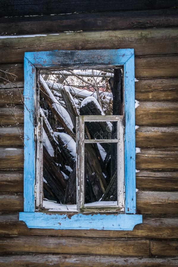 Free Old Broken House In Winter Stock Images - 159593234