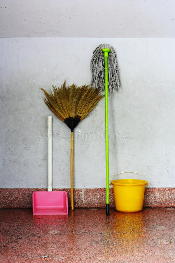 Free Old Broom And Old Mop Royalty Free Stock Photos - 14280688