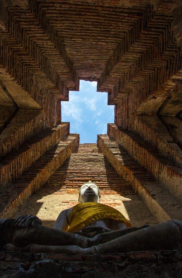 Old Buddha statue at Wat Prasat Nakorn Luang,Amphoe Nakorn Luang,Phra Nakorn Si Ayutthaya,Thailand. Prasat Nakorn Luang is located in Amphoe Nakorn Luang near stock images