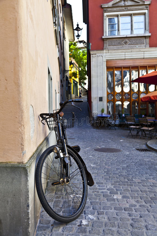 Download Old Bycicle In Zurich Streets Stock Image - Image: 21642647