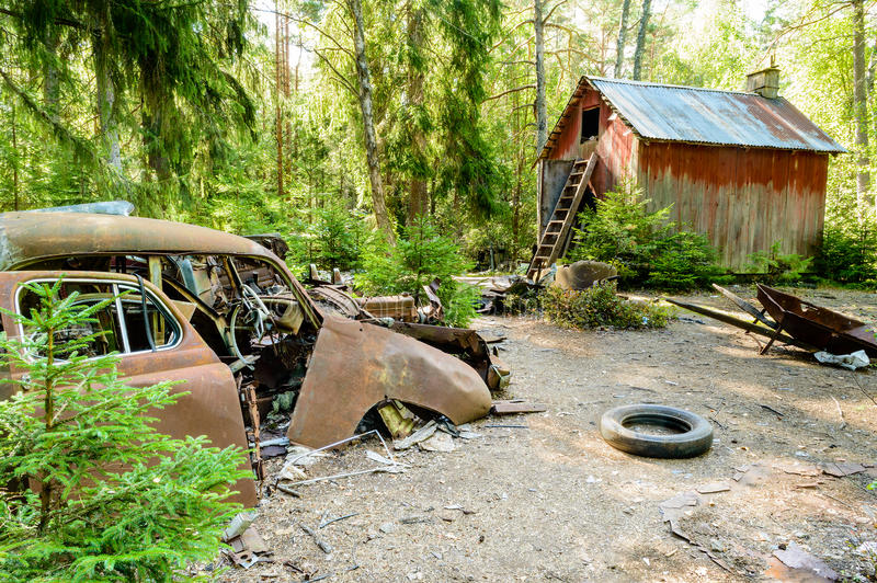 Download The old car cemetery stock image. Image of degradation - 33255253