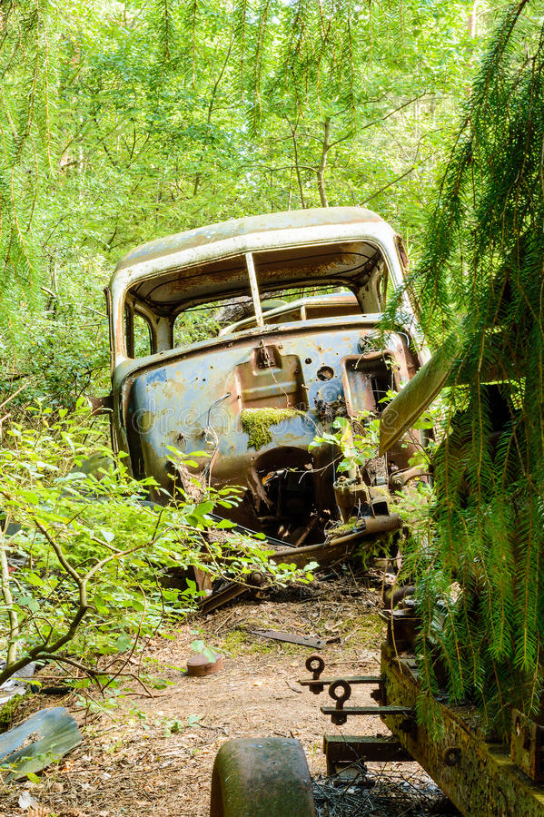 Download The old car cemetery stock photo. Image of part, ancient - 33255344