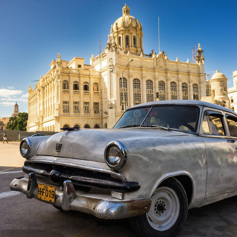 Download Old Car Near The Museum Of  Revolution In Havana Editorial Stock Photo - Image: 27425033