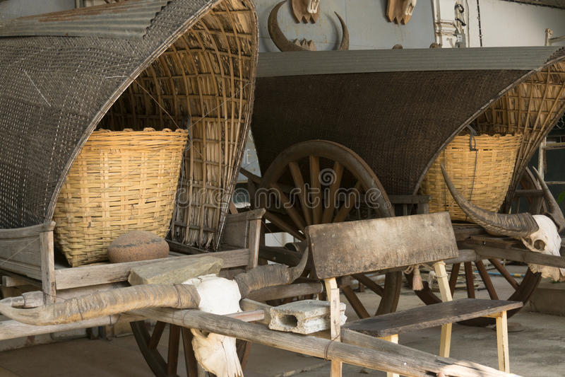 old caravan cart, buffalo skull, stock image