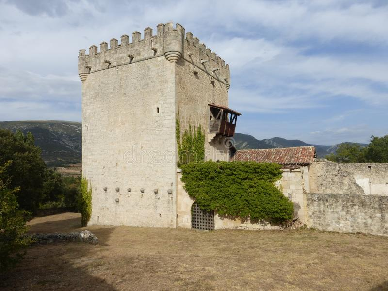 OLD DEFENSIVE TOWER IN QUINTANA DE VALDIVIELSO, BURGOS. OLD CASTLE IN QUINTANA DE VALDIVIELSO, BURGOS, SPAIN stock images