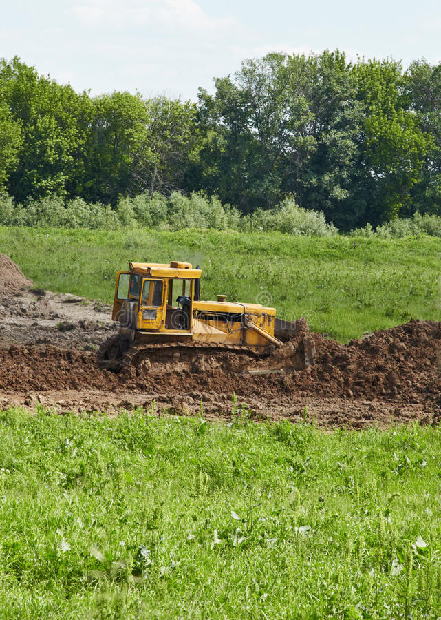 Download Old Caterpillar Tractor Works In Fields Stock Image - Image: 16534351