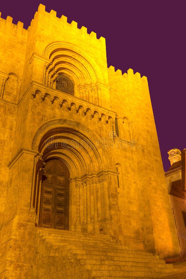 Free Old Cathedral Se Velha De Coimbra, Portugal Royalty Free Stock Images - 19617869