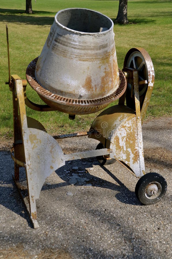 Old cement mixer for pouring wet concrete stock photo for Small concrete projects