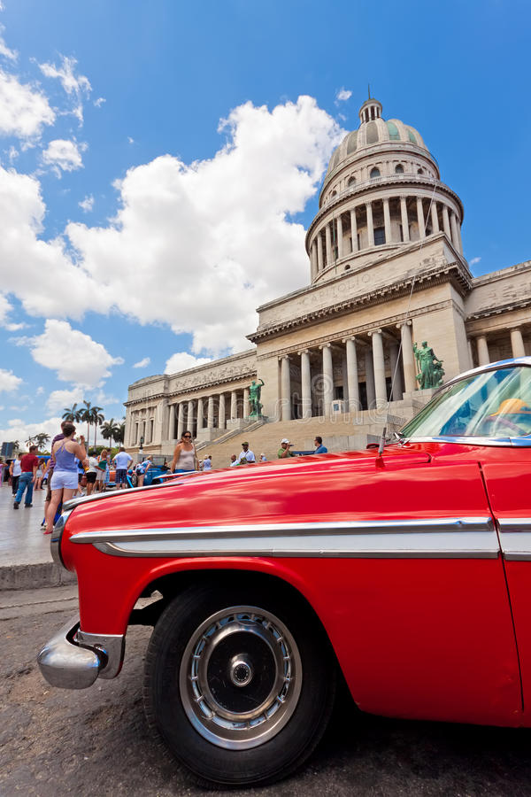 Download Old Chrysler In Front Of The Capitol In Havana Editorial Photography - Image: 20967577
